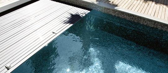 rideau de piscine